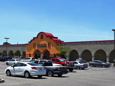 036a8e5d5 Tracy Corners Shopping Center is home to tenants including anchor Mi Pueblo  Food Center