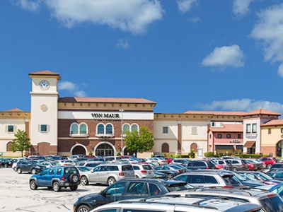 Hff Arranges Sale Of 407 363 Square Foot Retail Center In